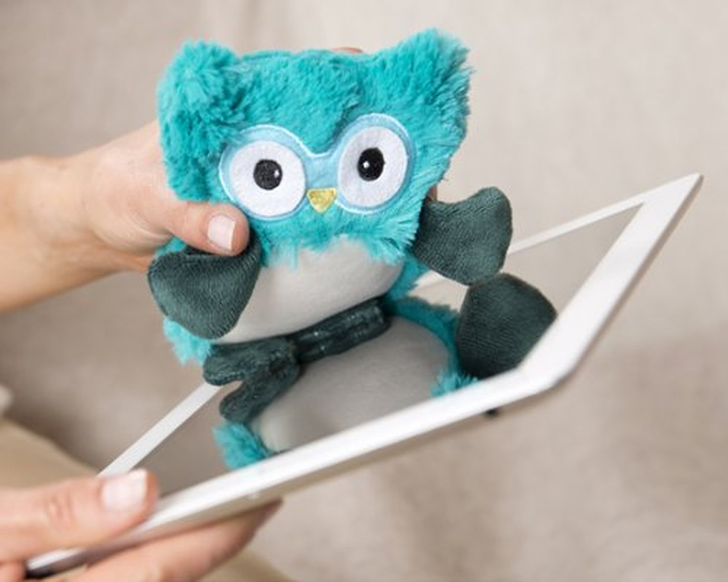 Details about LCD Laptop Computer Tablet iPad TV PC Screen Turquoise Hooty  Cleaner NEW