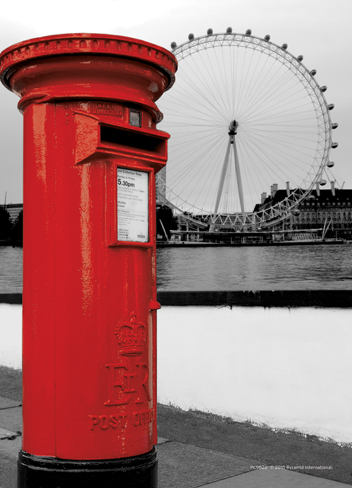 London Image Postcard 10cm x 15cm Official Licensed Merchandise Collage