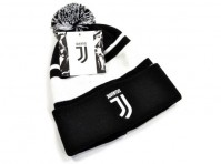 Juventus Football Club Official Bronx Turn Up Bobble Ski Hat Black White Crest